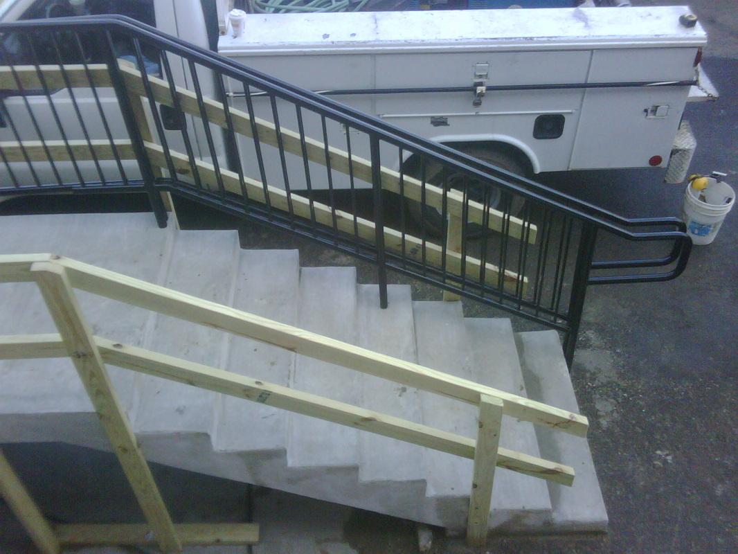 100 50 elegant metal handrails steps cool straight for Piscine xavier niel